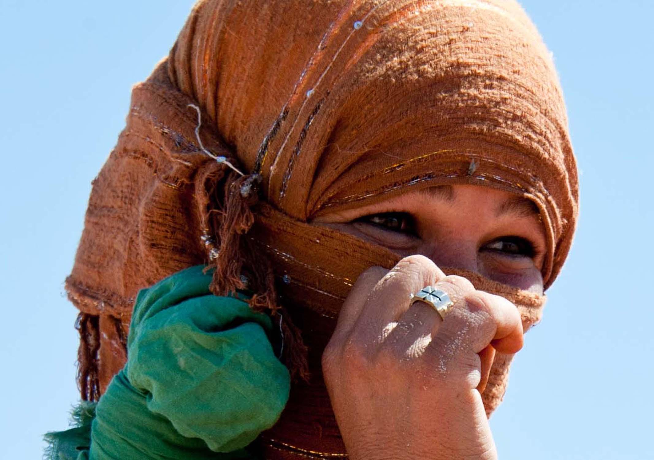 Marocco - donna nomade nell'Erg Chebbi