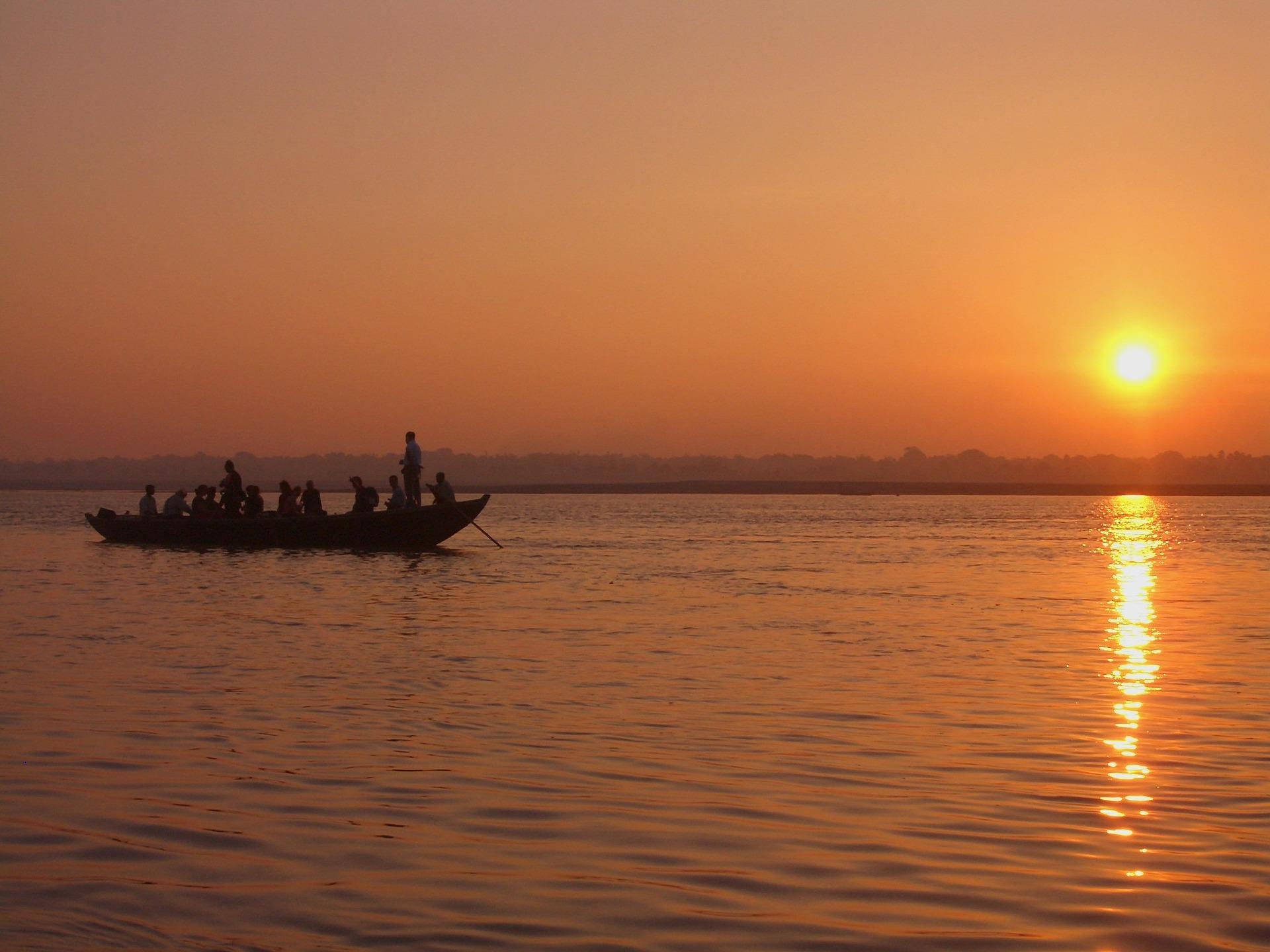 Adventour - India - Gange - Varanasi - sunset