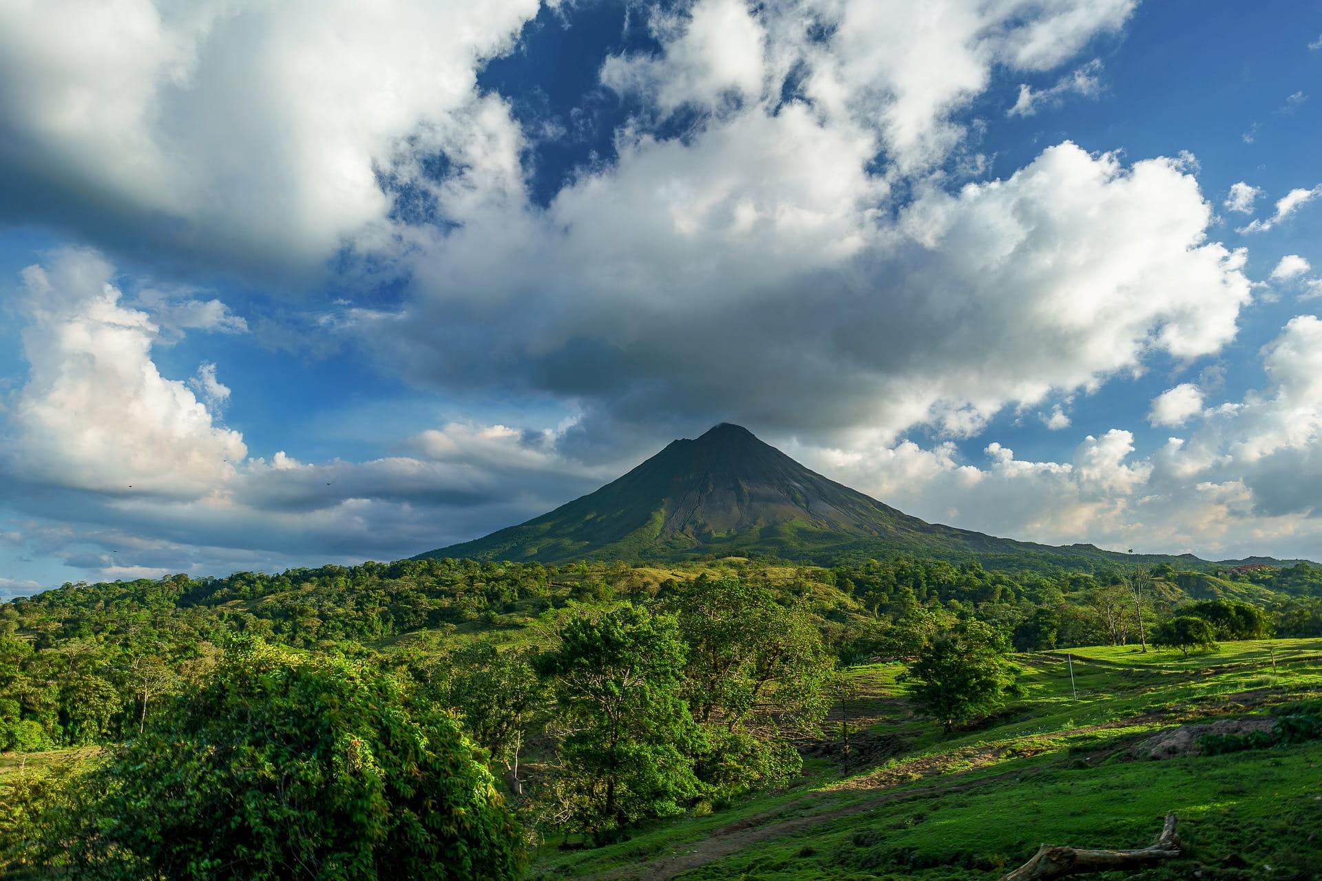 Adventour - Costa Rica - volcano - arenal