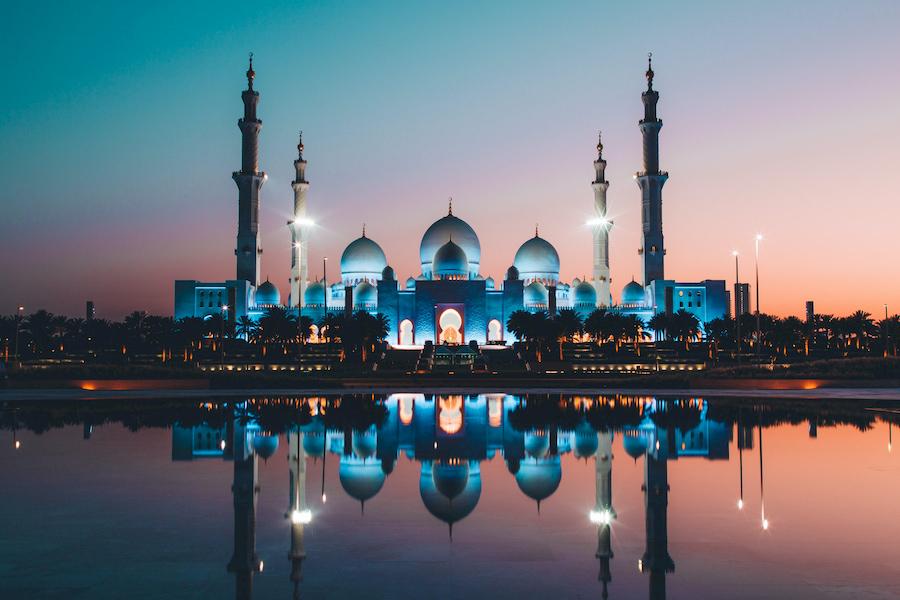 Adventour - UAE - Abu Dhabi moschea tramonto